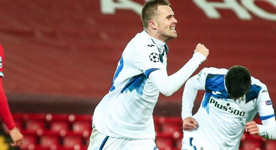 ilicic festeggia dopo il goal al liverpool(1)