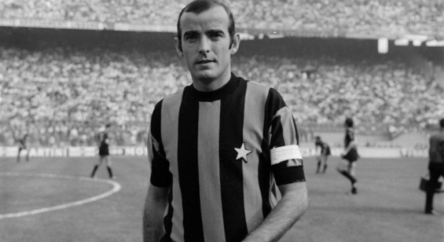 Mario Corso con la maglia dell'Inter