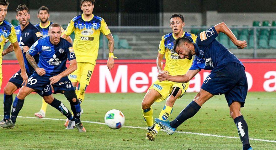 Garritano in goal contro il Pescara