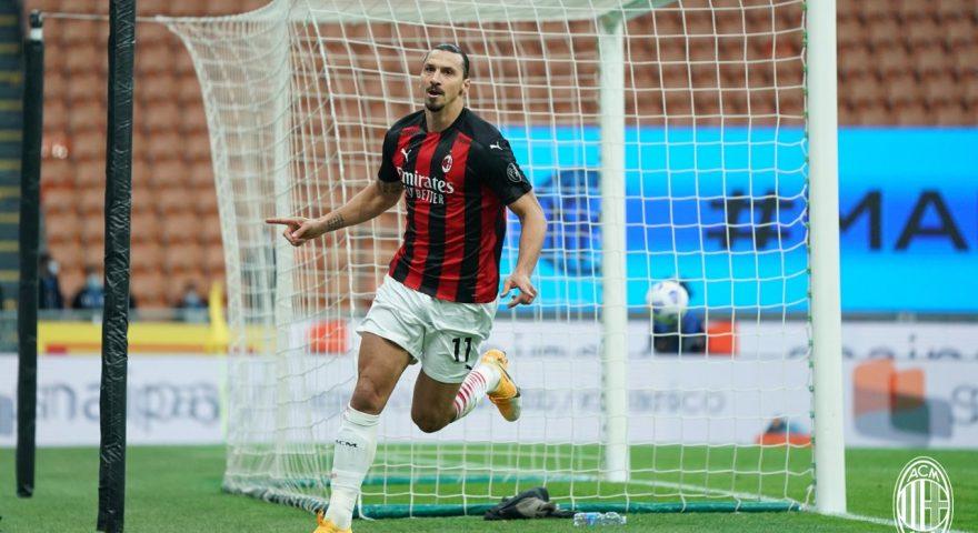Ibra esulta dopo il goal all'Inter