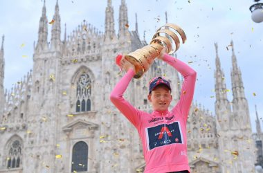 Hart festeggia la vittoria nel Giro
