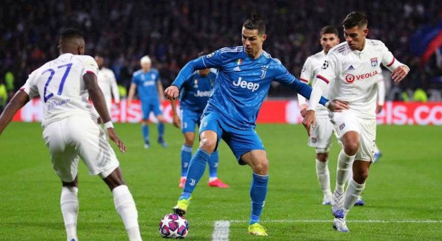 LYON, FRANCE - FEBRUARY 26: during the UEFA Champions League round of 16 first leg match between Olympique Lyon and Juventus at Parc Olympique on February 26, 2020 in Lyon, France. (Photo by Catherine Ivill/Getty Images)