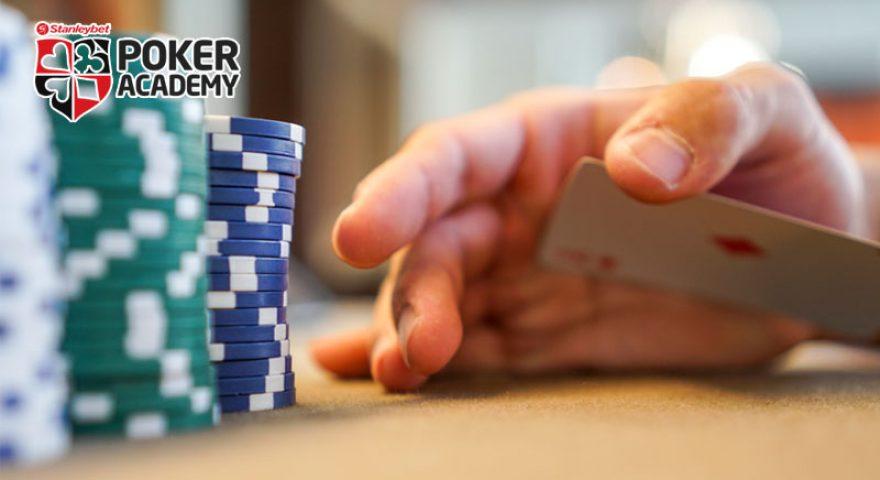 Scuola-Poker-Italia-5-buone-abitudini-per-vincere-a-poker