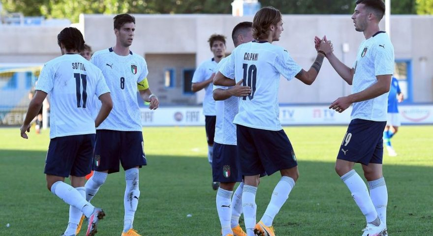 LIGNANO SABBIADORO, ITALY - SEPTEMBER 03:  Andrea Colpani of Italy U21 celebrates with teammates after scoring the opening goal during the International Friendly match between Italy U21 and Slovenia U21 at Stadio Guido Teghil on September 03, 2020 in Lignano Sabbiadoro, Italy. (Photo by Alessandro Sabattini/Getty Images)