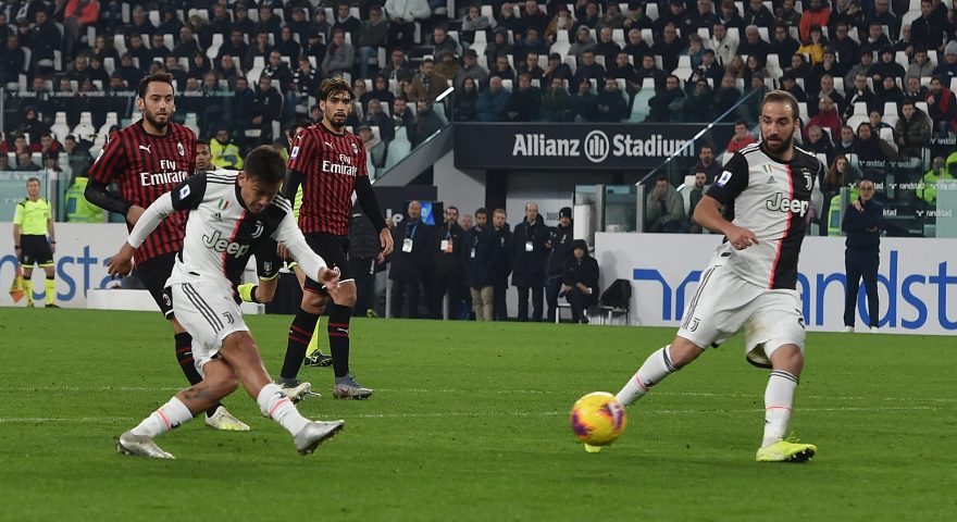 TURIN, ITALY - NOVEMBER 10: Paulo Dybala  of Juventus scores the winning goal during the Serie A match between Juventus and AC Milan at Allianz Stadium on November 10, 2019 in Turin, Italy. (Photo by Tullio M. Puglia/Getty Images)
